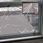 Pengaruh Tekanan Angin Terhadap Cara Pasang Curtain Wall