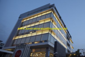 Cara Pasang Curtain Wall